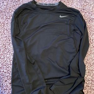 Men's Nike tight long-sleeve size SMALL